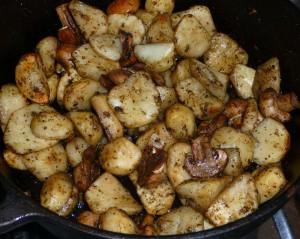 garnki żeliwne do piekarnika, garnki żeliwne do pieczenia ziemniaków, garnki żeliwne do pieczenia mięs