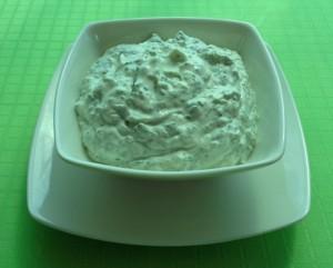 sos koperkowo-czosnkowy przepis, przepisy na dania z garnków żeliwnych, garnek żeliwny przepisy