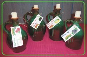 karafki gliniane, naczynia gliniane, butelki z gliny